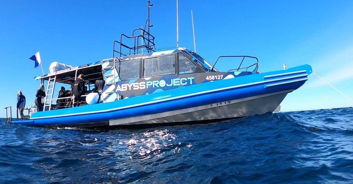 Boat Diving In Sydney